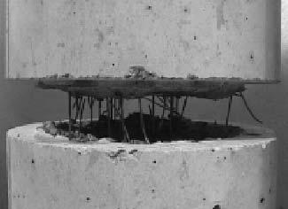 Barreras de hormigón reforzado con fibras de acero